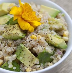 Quinoa, Corn & Avocado Salad: Took this to a Turkey Fry this past weekend as my dish to share. I did my quinoa in the rice cooker instead of as the recipe lists. Corn Salad Recipes, Corn Salads, Avocado Recipes, Vegetarian Recipes, Cooking Recipes, Healthy Recipes, Cooking Tips, Detox Recipes, Healthy Bites