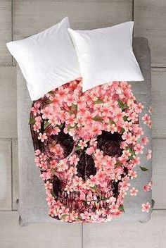 loveeee this flower-skull comforter #dorm