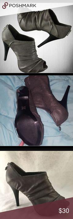 "Vera Wang peep toe booties SIMPLY VERA WANG 'Saville Gray' Peep Toe Platform Dress Heels Booties Sz 9.5. 4 1/2"" heel worn once. Simply Vera Vera Wang Shoes Ankle Boots & Booties"