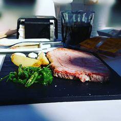 Zacatún tun tun tun pero que pinta tiene este atún la plancha. #delimoments de #Aninchi Steak, Food, Planks, Essen, Steaks, Meals, Yemek, Eten