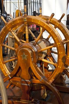 The Helm of the USS Constitution Uss Constitution Model, Old Sailing Ships, Ship Of The Line, Vintage Boats, Ship Wheel, Navy Aircraft, Wooden Ship, Yacht Boat, Navy Ships