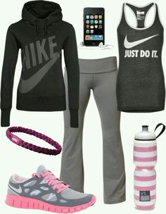 Nike outfits, sporty outfits, sporty style, summer outfits, workout a Nike Outfits, Sporty Outfits, Athletic Outfits, Athletic Wear, Summer Outfits, Sporty Style, Workout Attire, Workout Wear, Workout Outfits