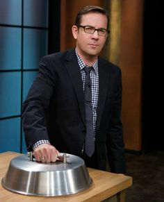 Ted Allen Entertaining - How to Throw a Dinner Party - Esquire Food Network Star, Food Network Recipes, My Favorite Food, Favorite Tv Shows, Cooking Tips, Cooking Recipes, Paleo Recipes, Cooking Competition, Tv Chefs