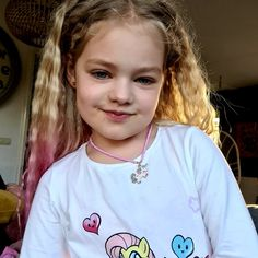 Fay draagt de super leuke kinderkorting van Faybuliz! Ketting unicorn♡ Kijk voor meer inspiratie op instagram @faybuliz of op www.faybuliz.nl T Shirts For Women, Model, Jewelry, Instagram, Fashion, Moda, Jewlery, Jewerly, Schmuck