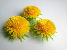 How to make Quilling Flower: Quilling Dandelion -Paper Art Quilling., My Crafts and DIY Projectsr/crafts - Simple paper flowers.r/crafts: Share your tutorials, tips, and questions on all things craft related!Quilling idea for beginners Ideas Quilling, Quilling Flowers Tutorial, Quilling Videos, Quilling Instructions, Arte Quilling, Quilling Comb, Paper Quilling Flowers, Origami And Quilling, Quilled Paper Art