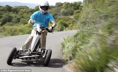 'Training wheels' for bikers? New electric motor-trike is FAR safer that motorcycles (even if can only do 40mph) | Daily Mail Online