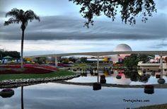 Guía para organizar un viaje a Walt Disney World Orlando.   Trotajoches Viaje A Disney Orlando, Marina Bay Sands, Walt Disney, Building, Blog, Travel, Entrance Halls, Hotels, Organize