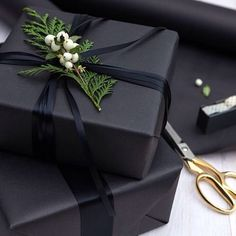 Gift Wrapping Ideas-This holiday survival kit is the ultimate collection of everything you need to h. Simple Christmas, Christmas Holidays, Christmas Crafts, Winter Holidays, Black Christmas Decorations, White Christmas, Elegant Christmas, Christmas Morning, Christmas Carol