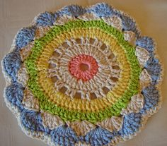 Ravelry: DKLady's Sweet Shells Potholder  Pattern from House Of White Birches