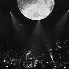 □Shawn Mendes