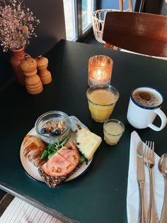 #copenhagen #denmark #travel #hotel #breakfast Hotel Breakfast, Denmark Travel, Copenhagen Denmark, Danish, Sweets, Bread, Cheese, Healthy, Food