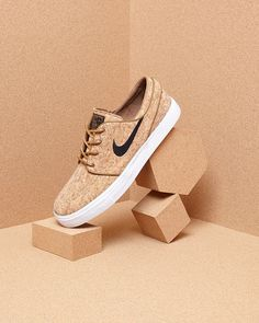 Keys To Finding The Best Sneakers For Women – Girl Next Door Fashion Nike Sb, Sneakers Fashion, Fashion Shoes, Foto Still, Shoes Editorial, Shoe Advertising, Fashion Still Life, Shoes Ads, Shoe Sites
