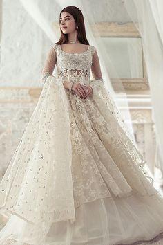 Pakistani Fashion Party Wear, Pakistani Formal Dresses, Pakistani Wedding Outfits, Indian Fashion Dresses, Pakistani Wedding Dresses, Pakistani Dress Design, Indian Designer Outfits, Shadi Dresses, Indian Wedding Gowns