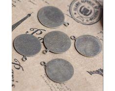 Montature - 10mm 50pcs del cammeo del bronzo - un prodotto unico di Wadsfred su DaWanda