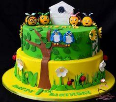 Buzz be themed birthday cake