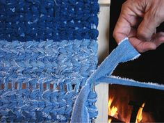 The Country Farm Home: Rag Rug Weaving Tutorial and Tips: how to make that turn