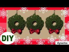 Christmas Minis, Christmas Crafts For Kids, Christmas Wreaths, Crochet Christmas Decorations, Holiday Crochet, Crochet Wreath, Diy Crochet, Ornament Tutorial, Crochet Designs