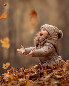 Children Photography Poses, Cute Kids Photography, Autumn Photography, Family Photography, Funny Photography, Baby Girl Pictures, Fall Pictures Kids, Family Pictures, Foto Baby