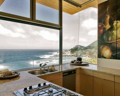 8 Kitchens With Vacation Style Views