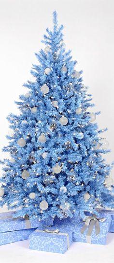 Árboles de Navidad que te harán sentir realmente ordinario. ·ArbolesDeNavidadAzul
