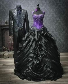 Extravagant bridal fashion, black wedding dresses, black and white and unusual . - Extravagant bridal wear, black wedding dresses, black and white and unusual bridal wear – extrava - Black Wedding Gowns, Wedding Suits, Gothic Dress, Gothic Outfits, Pretty Dresses, Beautiful Dresses, Steampunk Wedding Dress, Fantasy Gowns, Bridal Gowns
