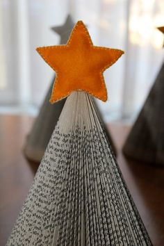 Desigrans Ideas: Christmas Tree Folded Upcycled Book with by stuffb...