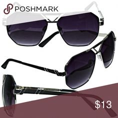 d4f093e93b85 Sunglasses Stylish Black Eyewear that looks great on both Men and Women.  Brand New Condition