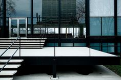 Mies van der Rohe. Crown Hall. Illinois Institute of Technology. Chicago 1950 - 1956 Photographer fensterbme