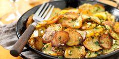 POMMES DE TERRE SALARDAISE (Pour 4 P : 1 kg de pommes de terre, 150 g de graisse de canard, 3 gousses d'ail, fleur de sel)