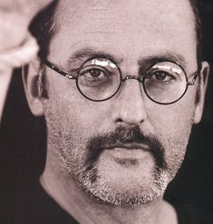 jean reno The Professional and many other great films. One of France's best actors. AND mighty handsome manly man with a voice that makes me knees weak. Jean Reno, Work In French, Cool Glasses, People Of Interest, Star Wars, Great Films, Attractive Men, Best Actor, Beautiful Men