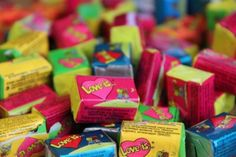 Find images and videos about love, yumm and gum on We Heart It - the app to get lost in what you love. Love Is Gum, What Is Love, Love S, 90s Party, Cool Lego, Birthday List, Romantic Gifts, 90s Kids, Happy Colors