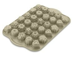 Teacake Pan #WilliamsSonoma #Lust!