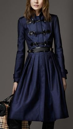 Burberry - FULL SKIRT DUFFLE COAT