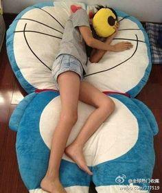 Giant plush Doraemon bed! ^^