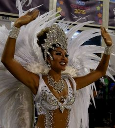 Gorgeous Costumes and Headpieces From Carnival 2015 Carnival 2015, Diy Carnival, Trinidad Carnival, Carnival Makeup, Carnival Festival, Brazil Carnival, Rio Carnival Costumes, Carnival Dancers, Carnival Outfits