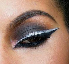 White eyeliner @ http://makeupbyritalopes.blogspot.pt/?m=1