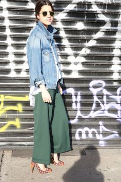 yes to coolottes & denim. Leandra in NYC. #culottes #LeandraMedine #ManRepeller
