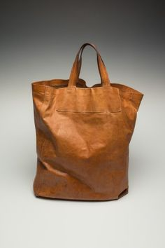 STORY - PB 0110 Tote bag, in natural leather, belonging to Philipp Bree since 2003.