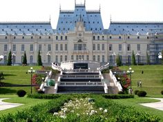 Iasi,Romania Places To Travel, Places To Visit, Laundry Hacks, Palaces, Homeland, Castles, Landscapes, To Go, Adventure