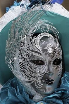 Venetian Carnevale Mask and Costume.teal and silver with a swan motif on the mask. Venetian Carnival Masks, Carnival Of Venice, Venetian Masquerade, Masquerade Ball, Masquerade Costumes, Mardi Gras, Venitian Mask, Costume Venitien, Venice Mask
