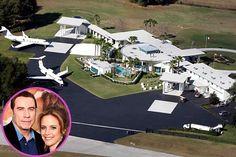 John Travolta and Kelly Preston make their home at this 2.5 million dollar Ocala, Florida estate.