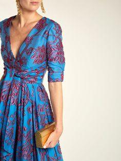 Shop our edit of women's designer Dresses from luxury designer brands at MATCHESFASHION Gala Dresses, Dress Outfits, Fashion Dresses, Vestidos Carolina Herrera, Glamour Vintage, Dress Skirt, Wrap Dress, Style Feminin, Frack