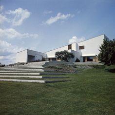Art, deco, design : Les 10 lieux incontournables a voir a Paris et autour La maison Louis Carré d'Alvar Aalto