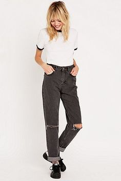 BDG Rip-Knee Washed Mom Jeans in Grey - Urban Outfitters