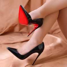 Women's Fashion heels – Everything About Women's Heels Womens Shoes Wedges, Womens High Heels, Talons Sexy, Black High Heels, Black Louboutin Heels, Black Stiletto Heels, Christian Louboutin Heels, Pointed Toe Heels, Fashion Heels