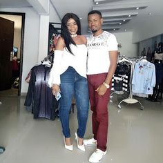 Laura Ikeji just got called out by her former employee @king_kelly58 after she allegedly promised to pay him handsomely and take him round the world but only ended up giving him peanut. King Kelly who revealed that he got sacked by her says hes going to reveal alot about her! While replying a friend he said he has been there around her and her shop and seen things with his eyes while adding that her lifestyle is fake. He wrote So I have officially been sacked by my former boss @lauraikeji…
