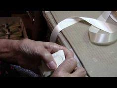 Bustina portaconfetti con blasone in argento - YouTube