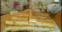 ΤΥΡΟΚΡΙΤΣΙΝΙΑ Greek Recipes, New Recipes, Recipies, 90 Second Keto Bread, Cheese Biscuits, Bread Cake, Hot Dog Buns, Finger Foods, Food To Make
