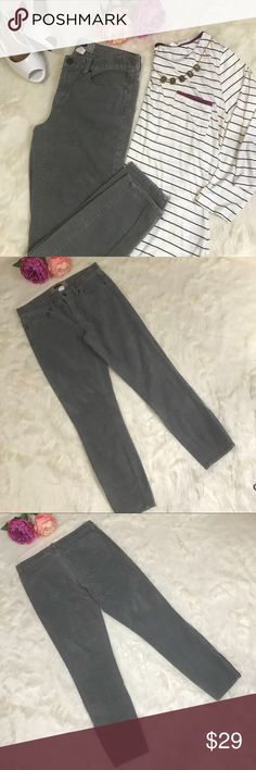 "J. Crew Factory Skinny Ankle Cords Corduroy Pants PRODUCT DETAILS J. Crew Factory's skinniest silhouette is ready for any season  in supersoft corduroy and rich seasonal hues. Styled straight through the thigh and leg, it's crafted with a hint of stretch—so it feels as good as it looks.  Cotton with a hint of stretch. Gray color.  Sits lower on hip, with a superskinny, straight leg. Zipper at the ankle Zip fly. Traditional 5-pocket styling. 26 1/2"" inseam, waist 15"" flat. Excellent used…"