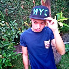 UNISEX  NYC Snap Back!  Have a good weekend everybody :)